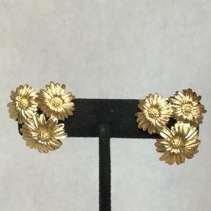 Vintage Monet Gold Tone Sunflower Trio Earrings!
